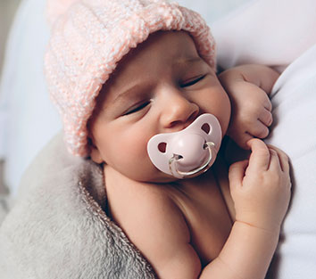 Pacifiers and Dental Health of Babies